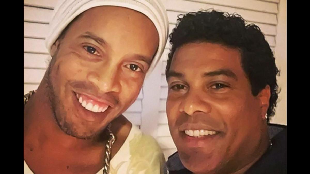 Ronaldinho se compromete a pagar multa ambiental para recuperar sus pasaportes