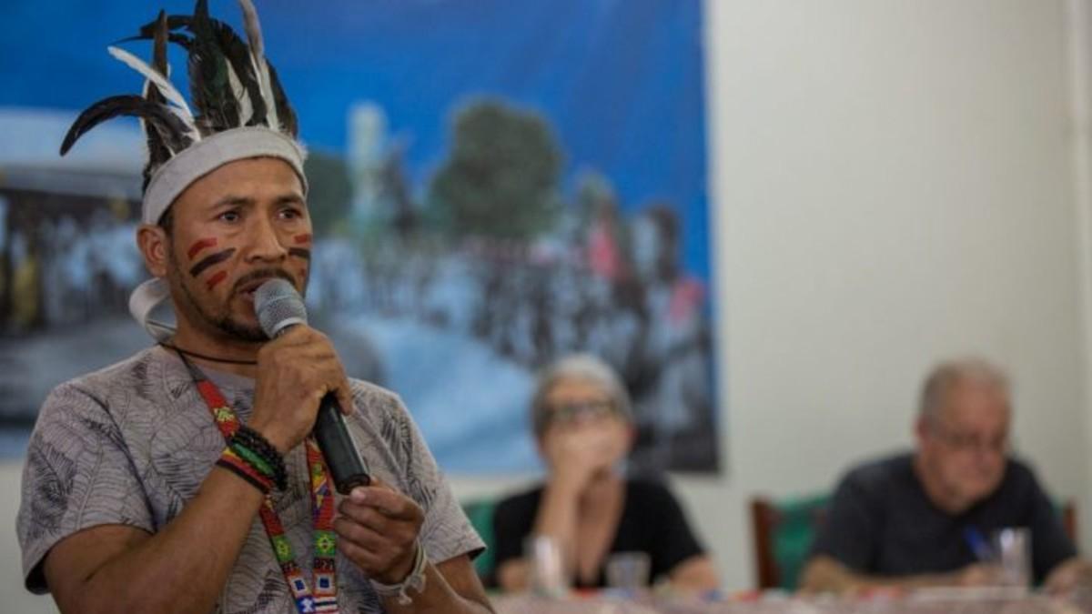 Voceros indígenas socializan experiencias de resistencia durante plenaria en Brasil