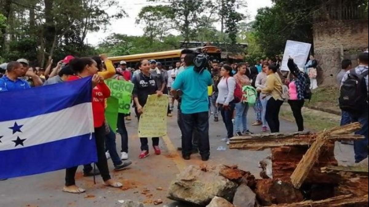 Honduras: ciudadanos realizan protesta en defensa del agua y son reprimidos por cuerpos policiales