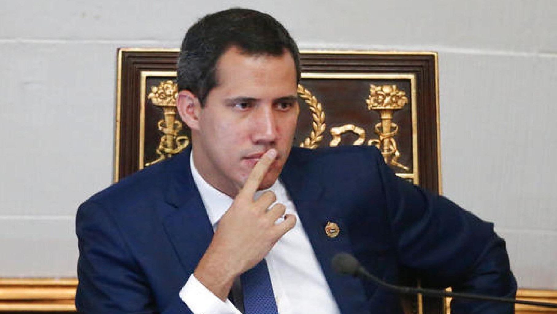 Desvelan nuevas fotografías que involucran aun más a Guaidó con «Los Rastrojos»