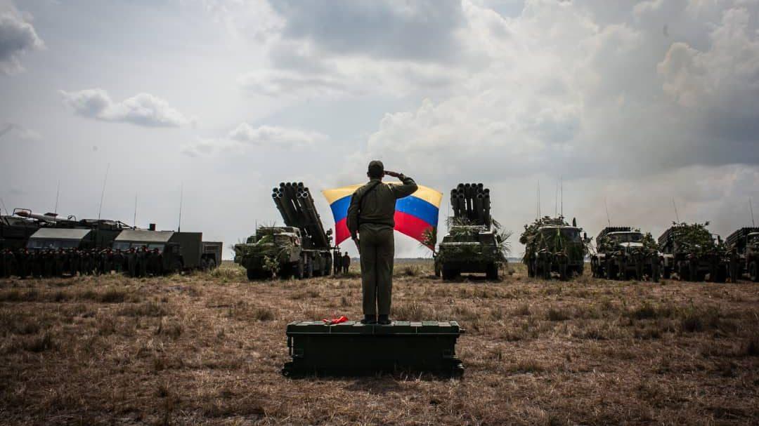 Ante amenaza guerrerista de Colombia, Venezuela comienza ejercicios militares en la frontera