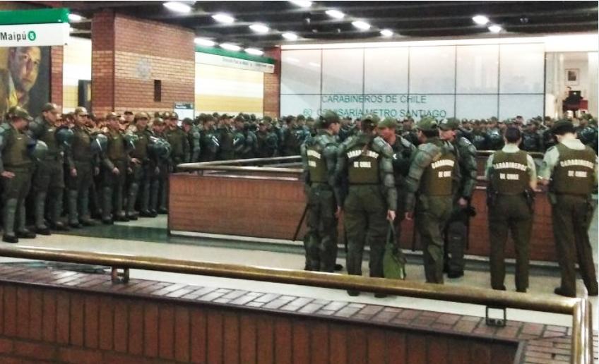Malestar por pasaje del Metro se agudiza: Gobierno responde con represión y cerrando Líneas completas
