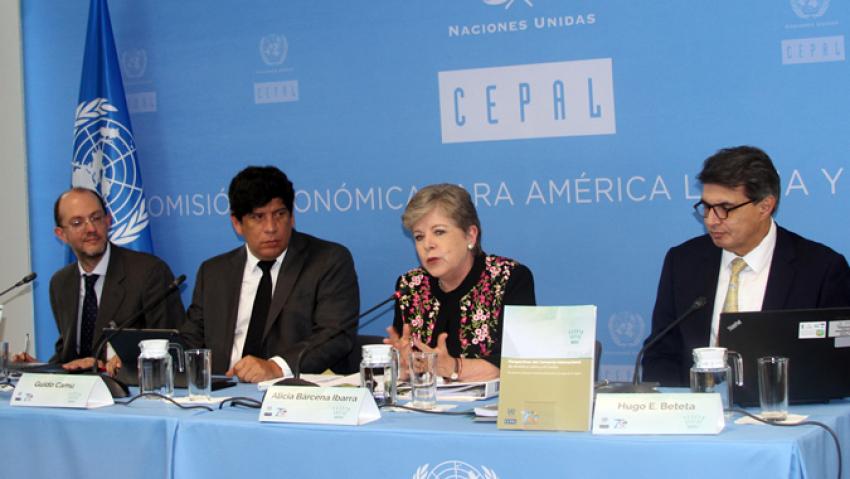 Cepal afirma que una política exterior feminista exige abordar las desigualdades