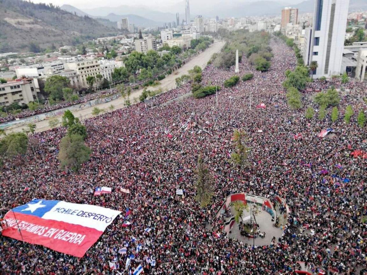 #ChileDespertó: Cronología del sentir de un pueblo que defiende su dignidad
