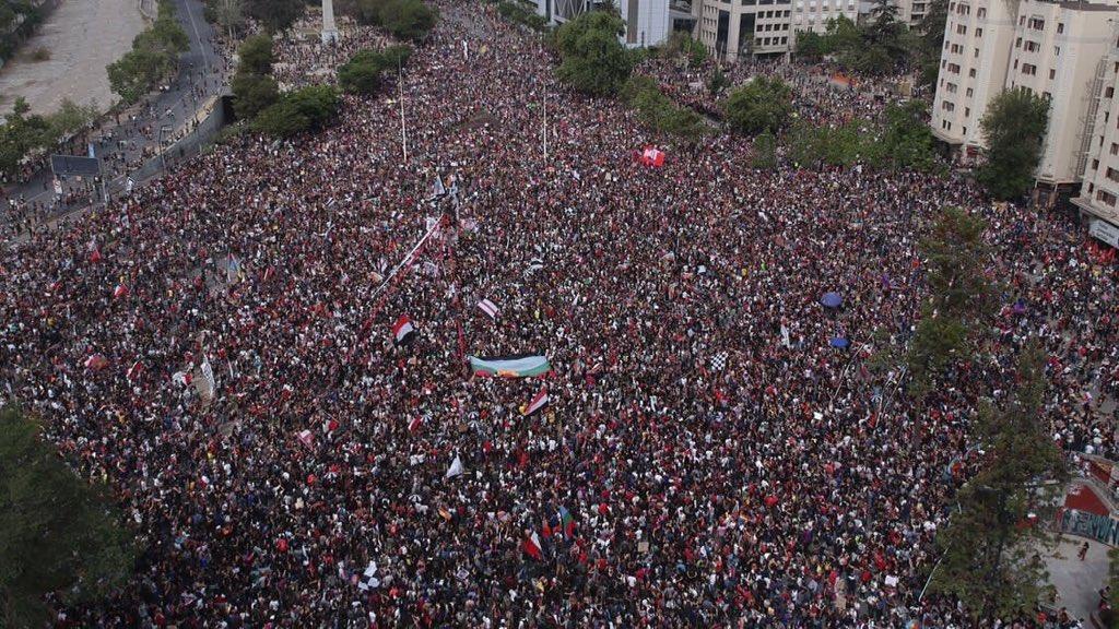 Minuto a minuto: La marcha más grande de Chile