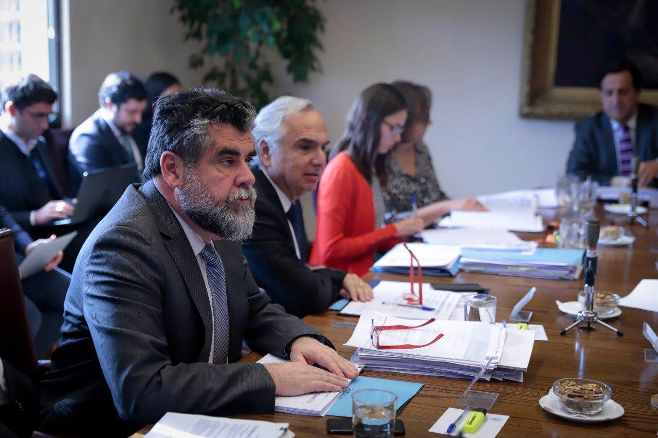 Gobierno atribuye 15 muertos a saqueos: Ubilla se niega a entregar identidades