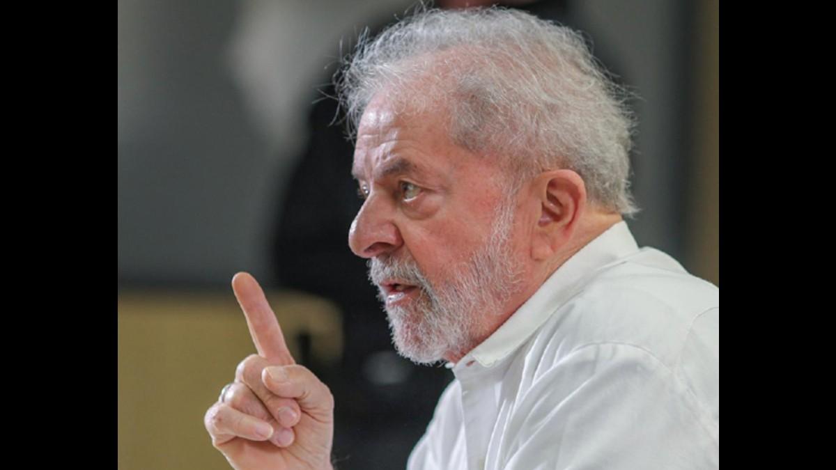 """Lula:  """"El petróleo ha causado más guerra que paz. ¿Y quién está siempre a la cabeza de eso? los Estados Unidos"""""""