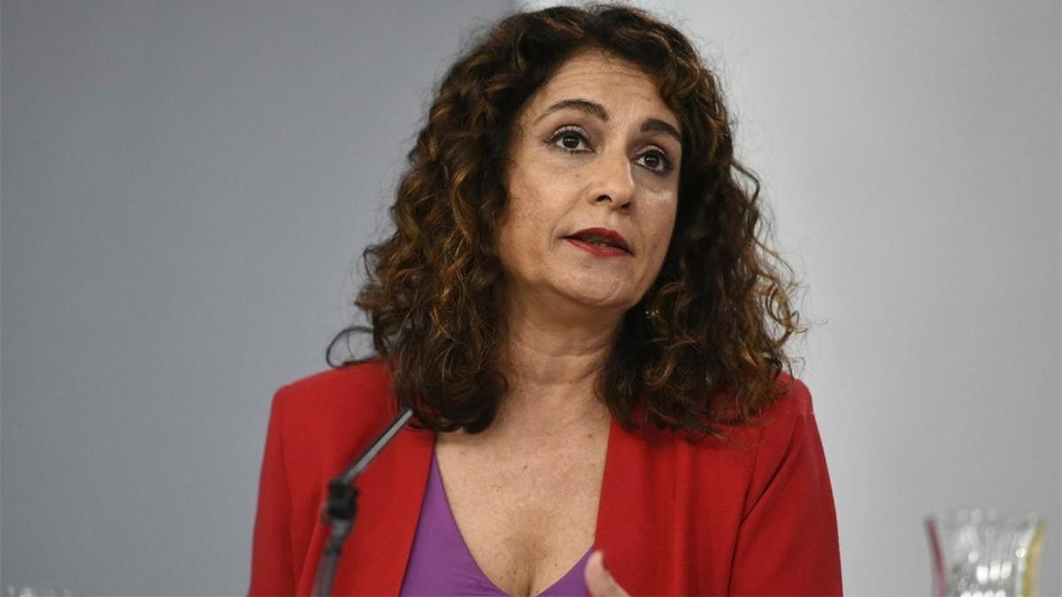 """Ministra española María Jesús Montero: """"El presidente Pedro Sánchez fue extraordinariamente claro, la sentencia se acata"""""""