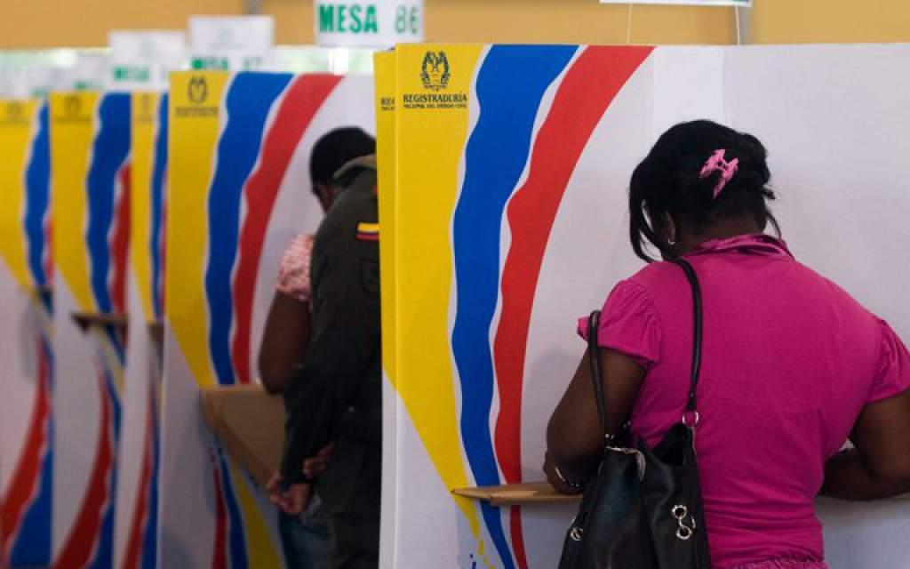 ¿Qué le espera a Uribe y Duque tras perder por paliza ante la izquierda en elecciones regionales?