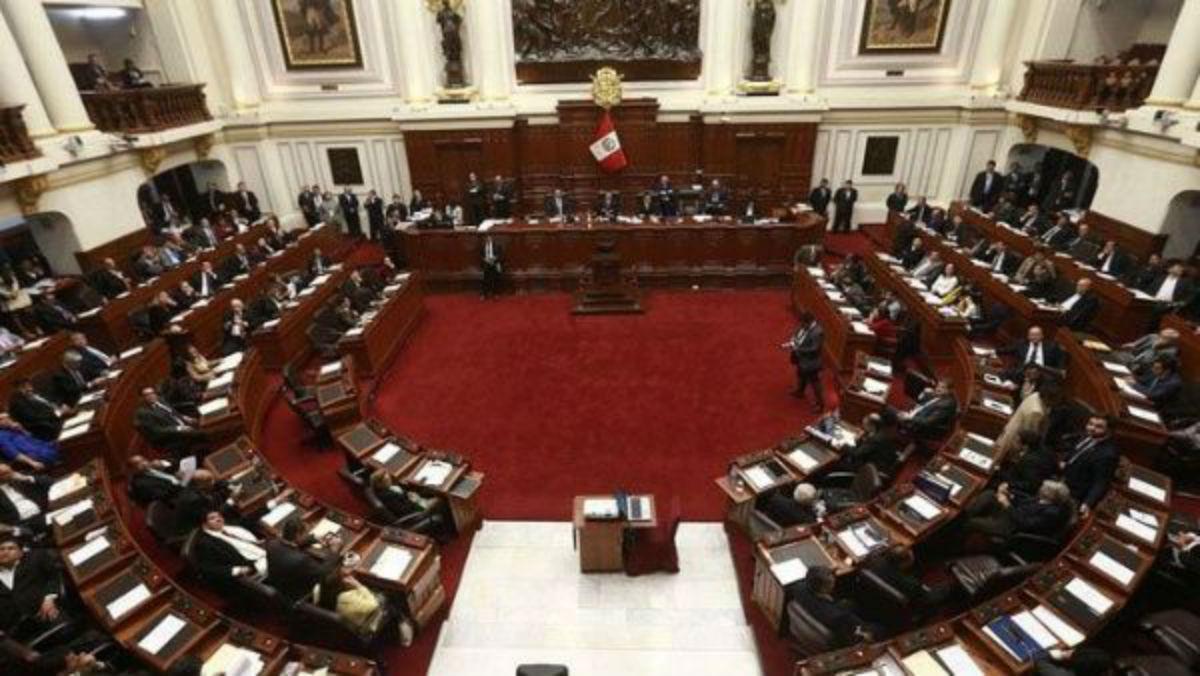Tribunal Constitucional analizará disolución del Congreso de Perú