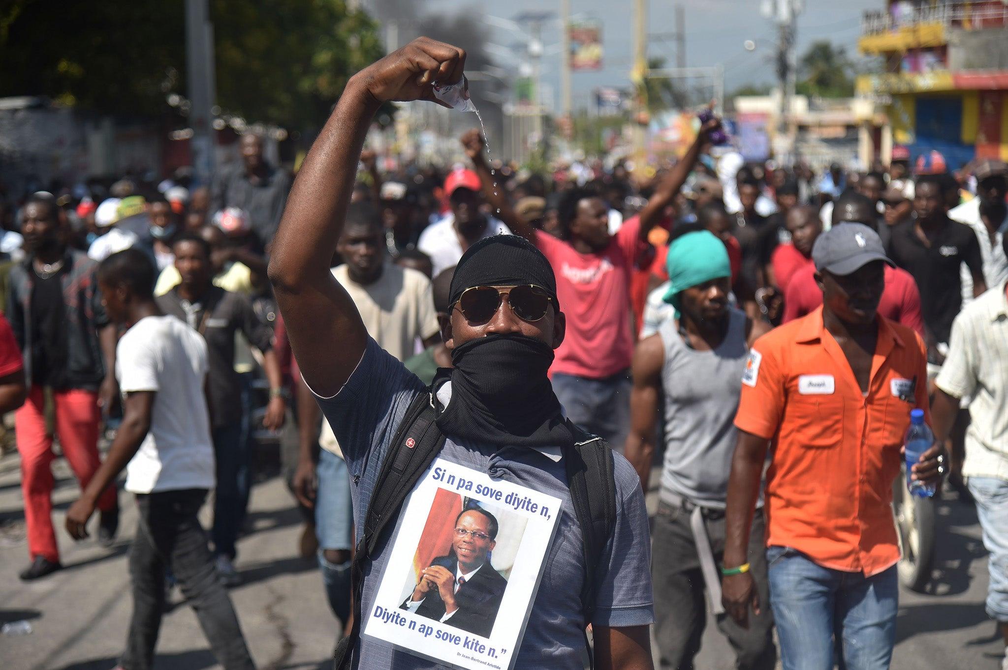 Haitianos salen a la calle nuevamente en protesta contra el presidente Moïse