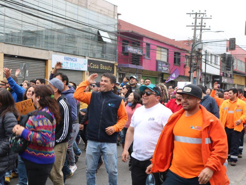 Portuarios anuncian paro nacional en apoyo a las movilizaciones en Santiago