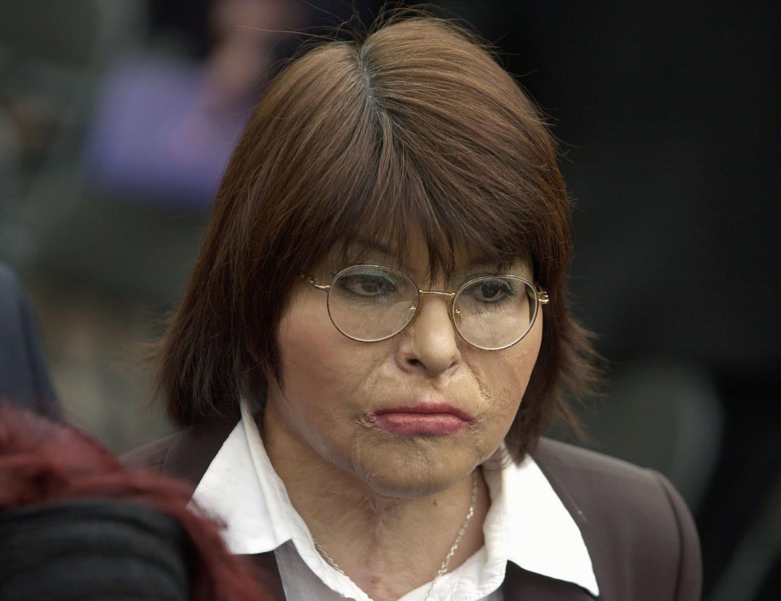 Carmen Gloria Quintana a Piñera: «¡Un presidente así no puede seguir gobernando!»