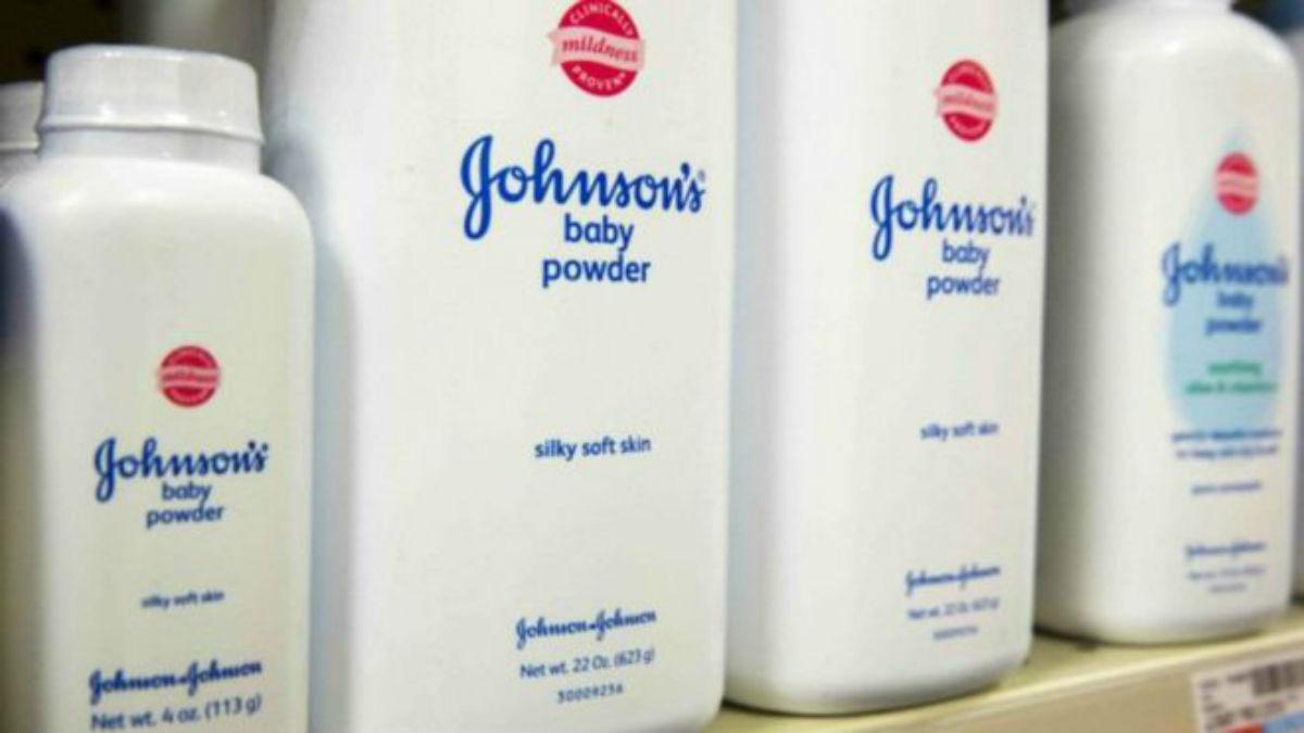 Un experto de confianza de Johnson & Johnson fue quien halló el agente cancerígeno en el talco de bebé