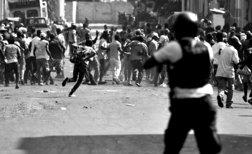 Represión brutal en Haití: isleños mantienen lucha para destituir al presidente Moïse
