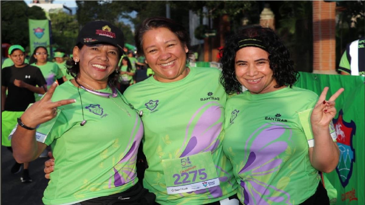 (Fotos) Carrera 5k contra la violencia de género recorre Ciudad de Guatemala