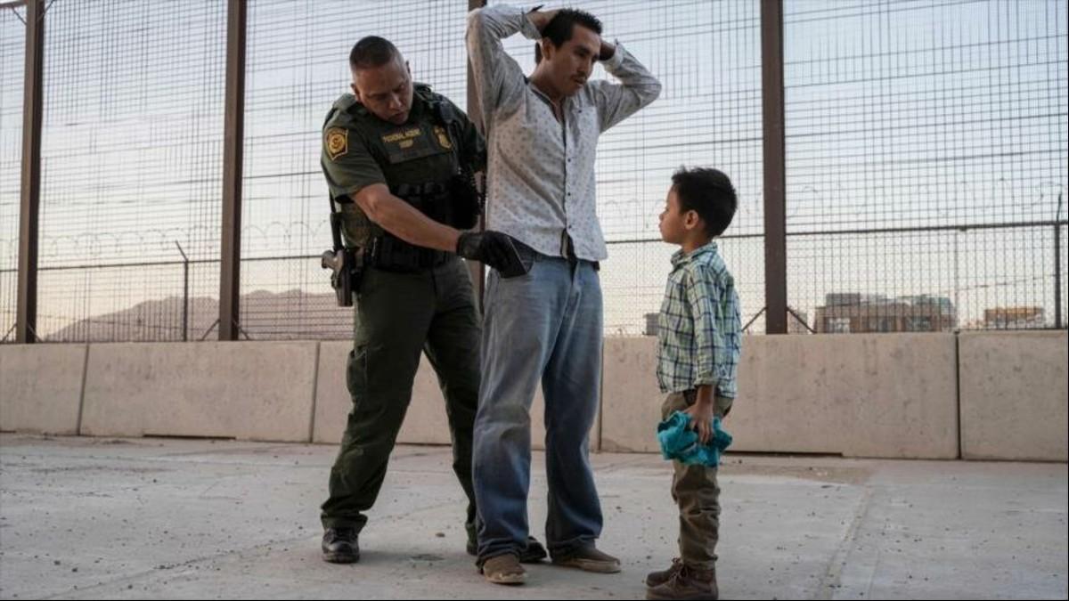 EE.UU. captura a más de 42.000 migrantes en la frontera con México durante el mes de octubre