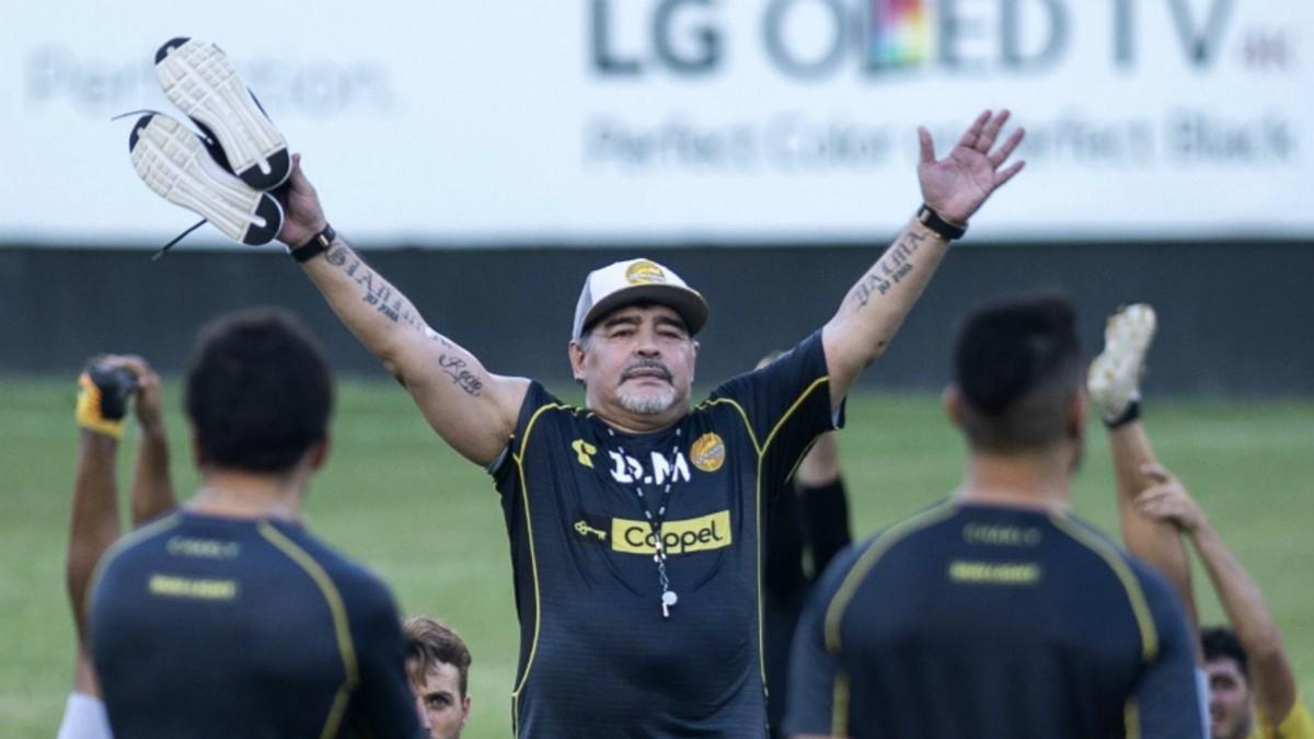 Dorados de Sinaloa aspira volver a tener a Maradona como director técnico
