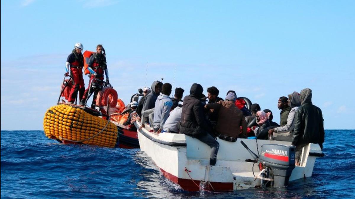 (Foto) Ocean Viking no cesa en su labor de rescatar personas en el Mediterráneo