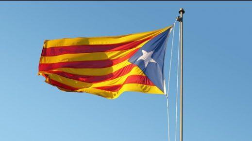 Sánchez emplaza a los independentistas al diálogo en el Día de Cataluña