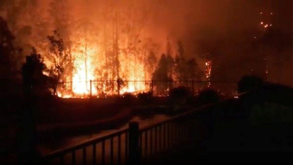 Mueren en Australia tres personas por voraces incendios forestales