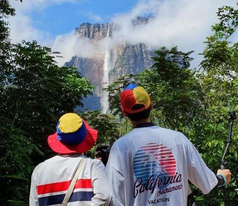 "Presentadores de programa surcoreano ""Awesome Backpackers"" impresionados con maravillas de Venezuela"