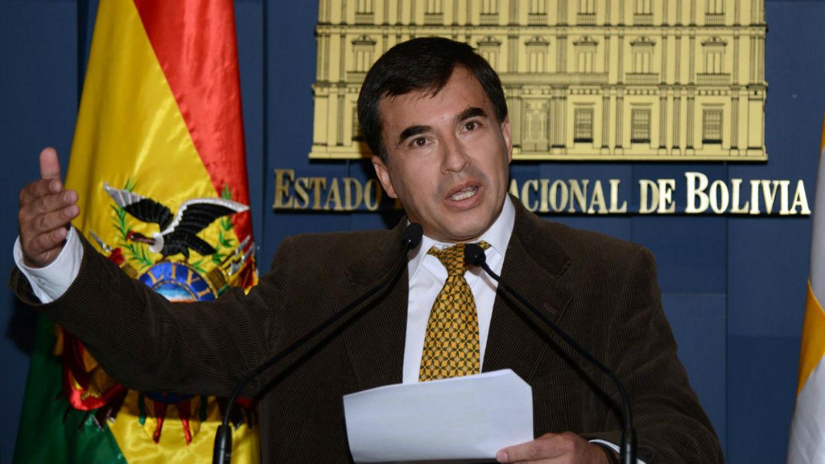 Continúa la persecución política en Bolivia: emiten orden de captura contra exministro de la Presidencia