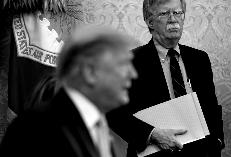 Casa Blanca desbloquea Twitter a Bolton: ¿Revelará los secretos sobre Trump con los que tanto amenaza?