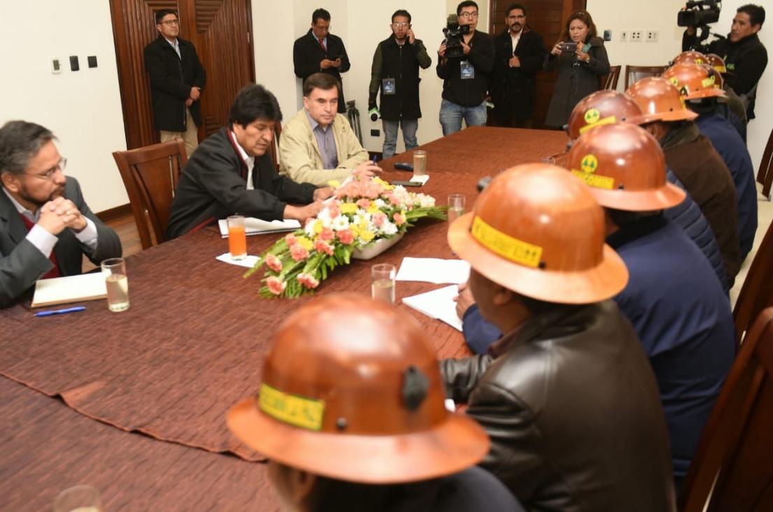 Evo Morales se reunió con mineros ante ultimátum de oposición