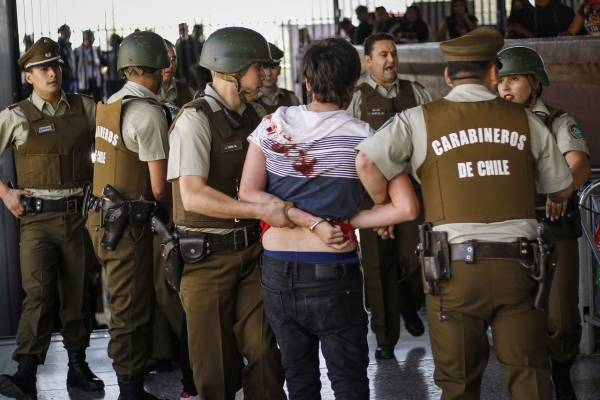 Los niños primero: La violencia de Piñera contra menores de edad durante las protestas