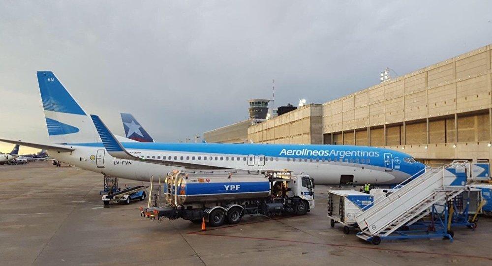 Argentina podría reiniciar vuelos comerciales el 1 de octubre