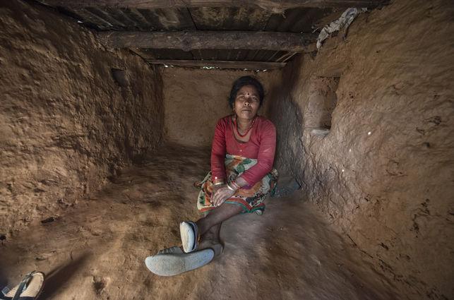 Nepal endurece las sanciones contra las «chozas de menstruación»