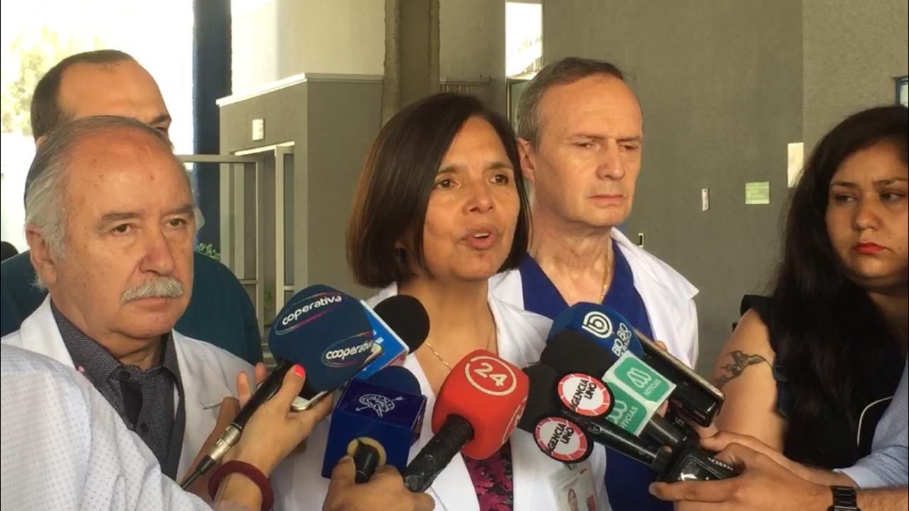 """""""De sobrevivir, podría quedar con secuelas"""": Doctora por adolescente impactada por lacrimógena"""