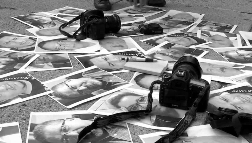 """""""Información en peligro de muerte"""": Asesinaron a 10 periodistas en México este año"""