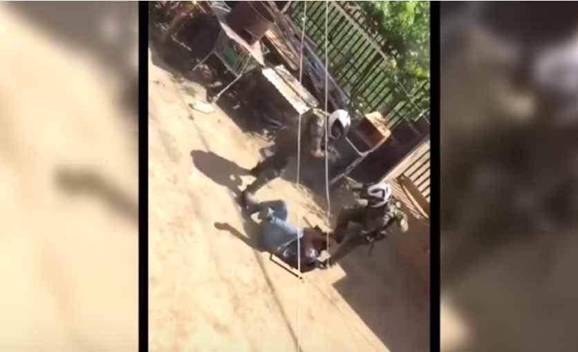 Arresto domiciliario nocturno para carabineros que aparecen en video golpeando a hombre en Lo Hermida
