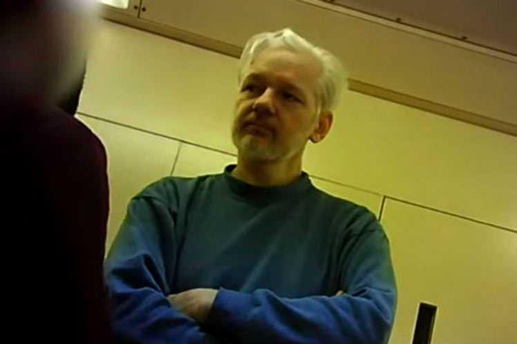 Magistrada británica rechaza posponer el juicio de Assange ante la pandemia