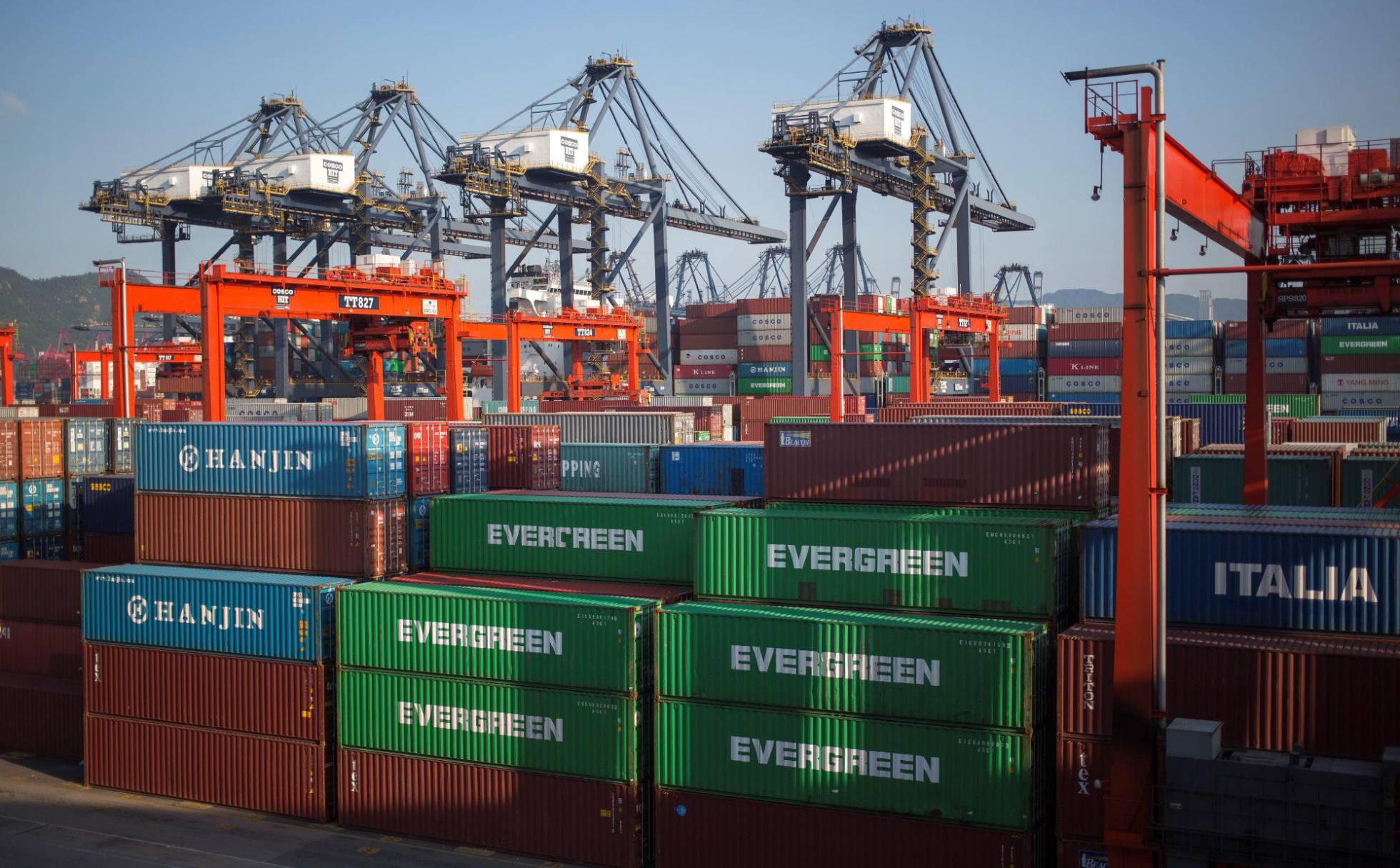 En medio de las discrepancias bilaterales: China anuncia nuevas exenciones arancelarias para  importaciones de EE.UU.
