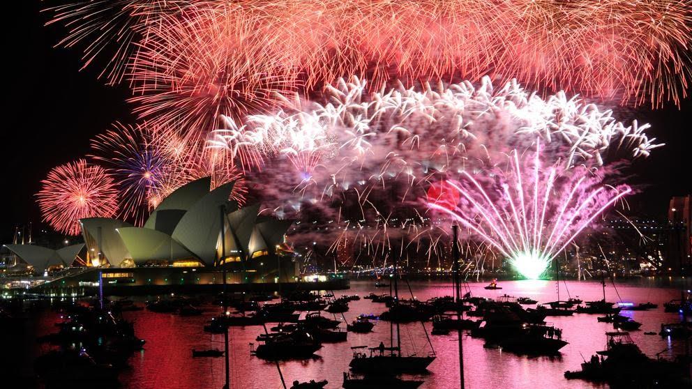 Sydney celebra el nuevo año con fuegos artificiales que aumentan el riesgo de incendios