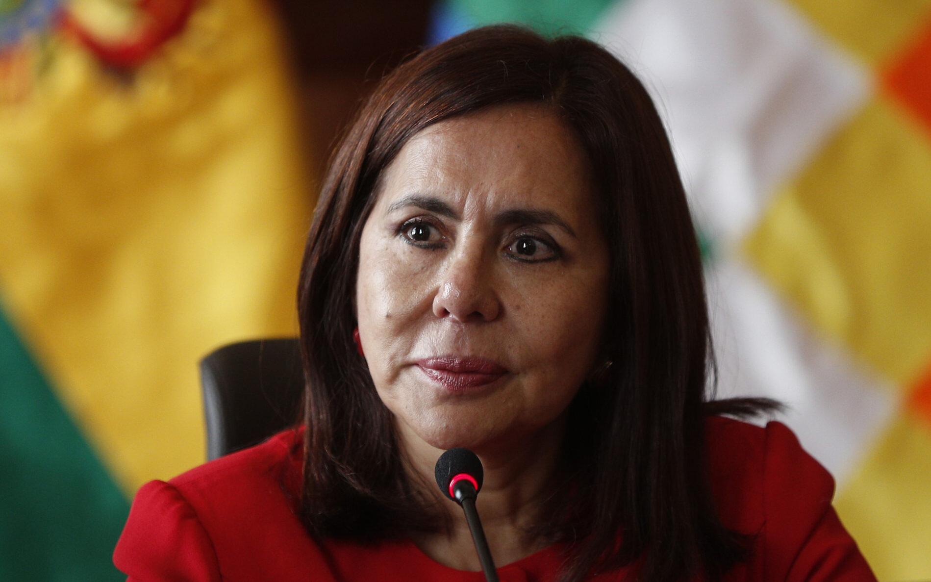 Réquiem del Estado soberano: Longaric y la política exterior servil de Bolivia