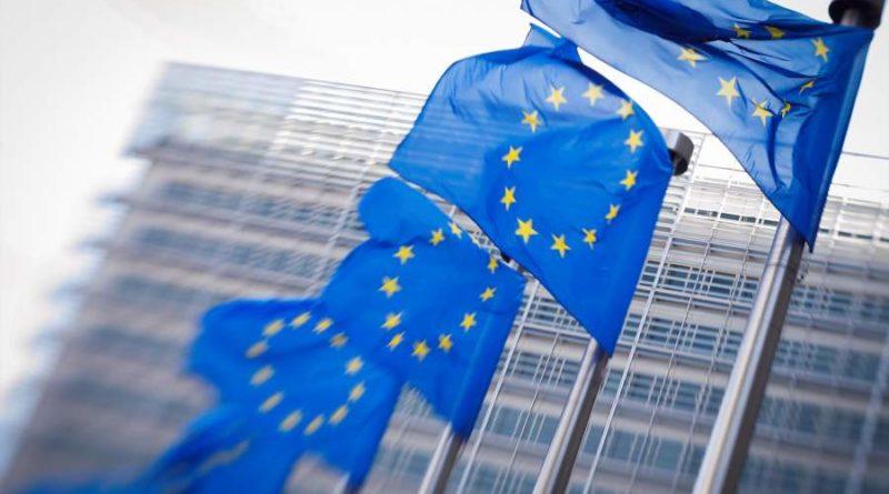 Unión Europea llega a acuerdo para reducir las emisiones de CO2 en más del 50% para 2030