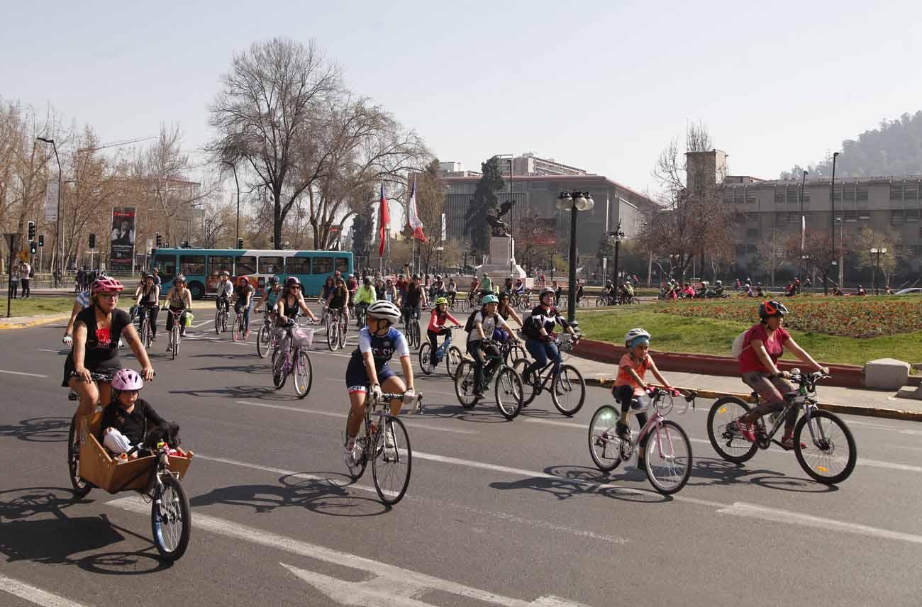 Se viene 'La Cicletada de las Niñas': Mujeres se apropian del espacio público