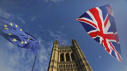 Reino Unido alcanza primer acuerdo post-Brexit de libre comercio con Japón