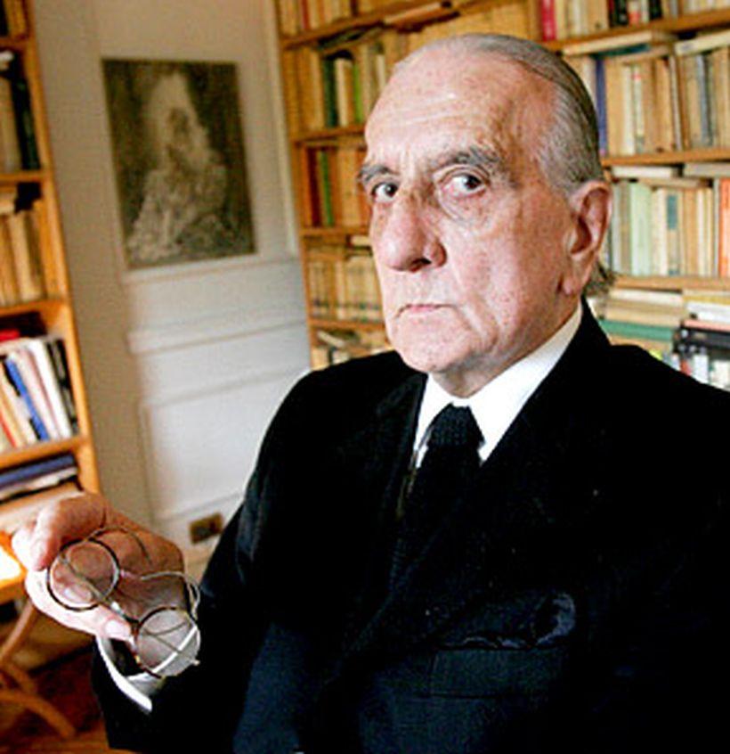 A los 86 años falleció el poeta Armando Uribe