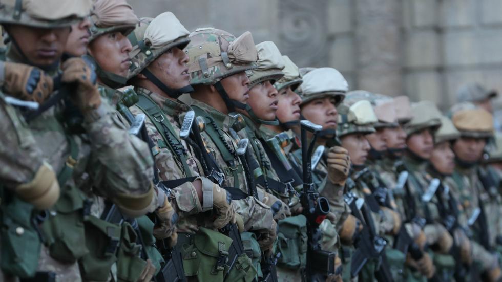 Sigue la represión: Gobierno de Facto Bolivia militariza las ciudades de Bolivia