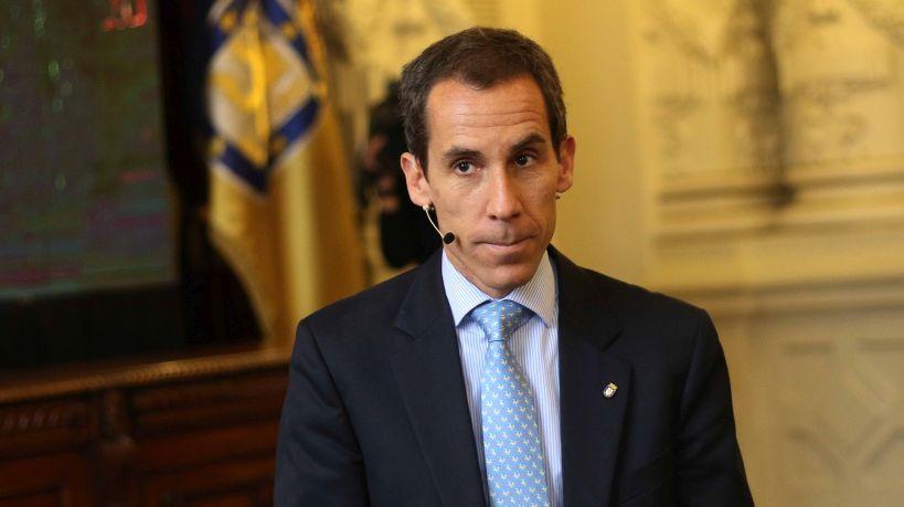 Se inicia juicio contra alcalde Felipe Alessandri por ordenar trabajos no esenciales durante cuarentena