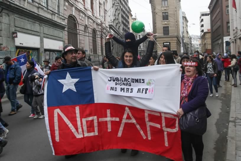Coordinadora NO+AFP: Propuesta de pensiones de Piñera mantiene intacto el negocio de la previsión