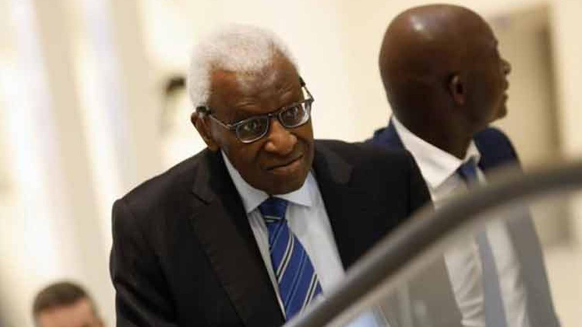 Postergan juicio contra expresidente de la IAAF