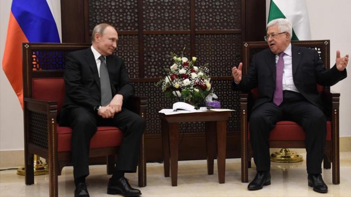 Putin y Mahmud Abás se reúnen en Palestina