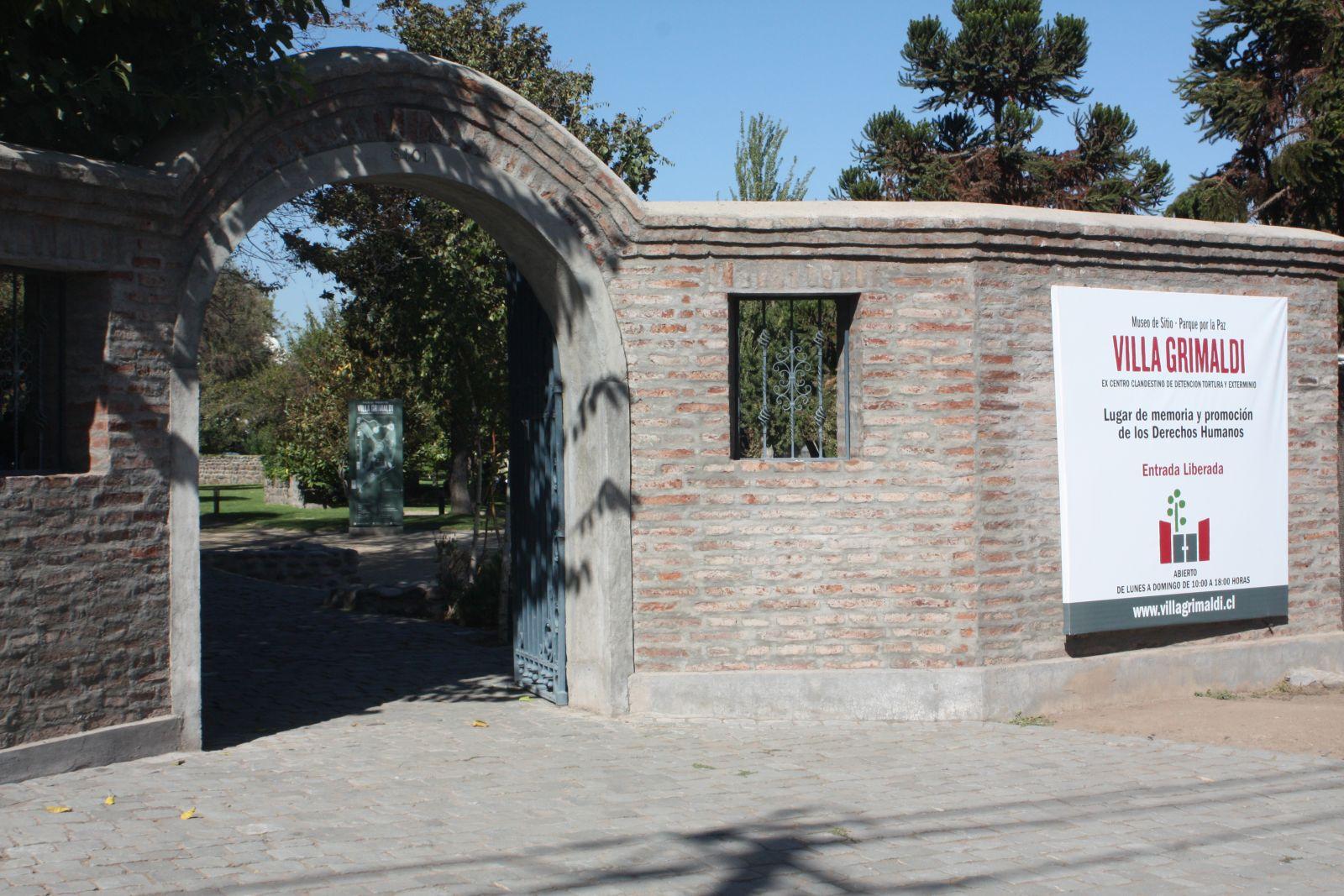 27° Juzgado Civil de Santiago ordena indemnizar a hermano de detenido desaparecido en Villa Grimaldi
