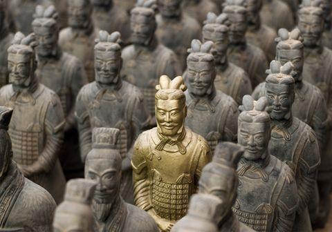 Descubren otros 200 guerreros de terracota en la tumba del primer emperador de China